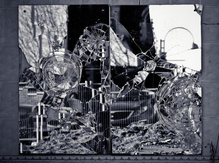 cracked mirror - David Perry