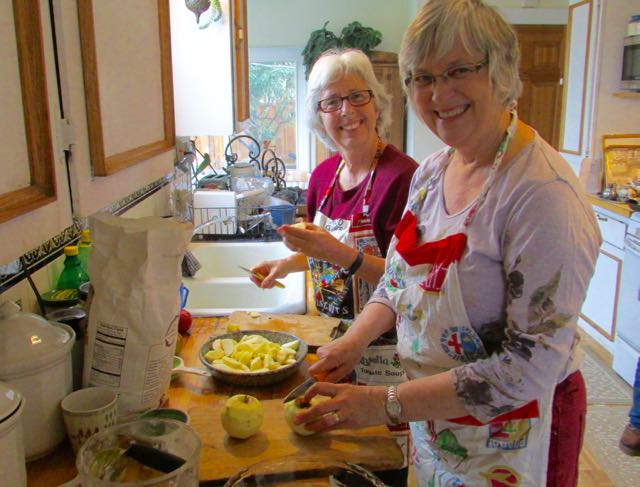 Learning to make apple pie with Heather Choate